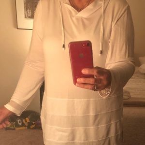 White, hooded tunic